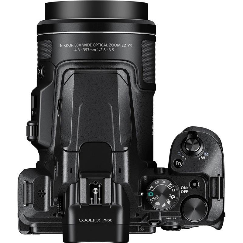 "Bridge Nikon P950 (16Mpxl, sensore 1/2,3"", zoom 24-2000 mm equivalenti)"